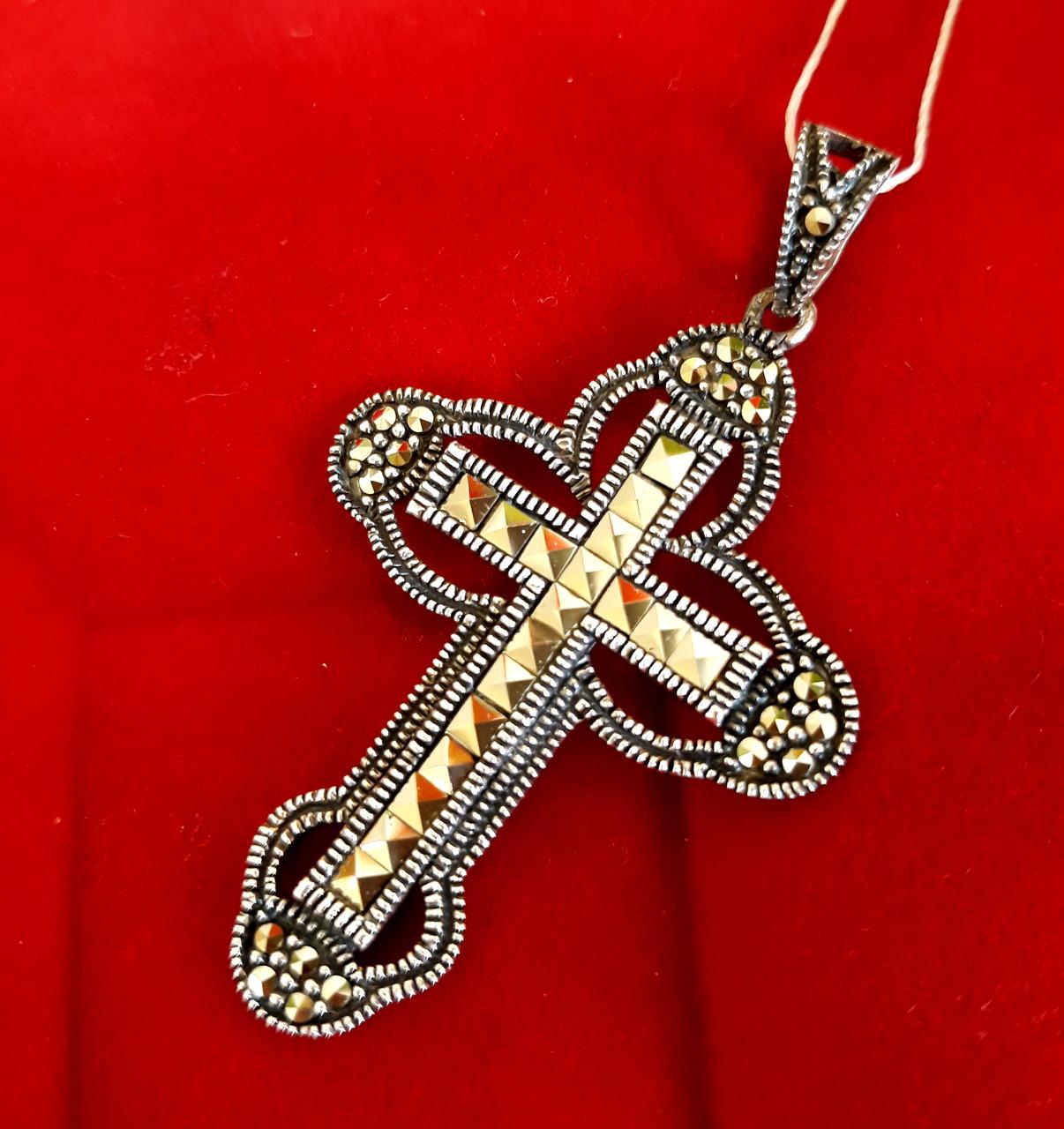 Серебряный крестик с марказитами. Капельное серебро