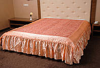 Покрывало с рюшами на кровать Ретро 180*200. Персик