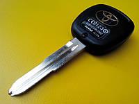 Заготовка автомобильного ключа Toyota с местом под 2 кнопки T-001