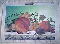 Персики и виноград вышивка бисером на габардине