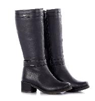 Сапоги женские кожаные на молнии и каблуке черные