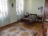 Продаю 4 комн. квартиру в Одессе Ришельевская.