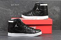 Женские кроссовки Nike Air Jordan черные высокие 3214