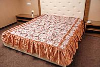 Покрывало на двухспальную кровать. Цветок. 180*210.Золото.