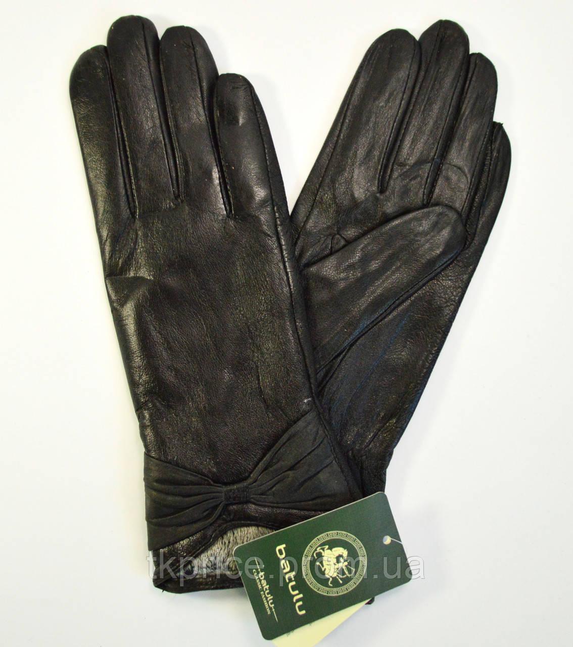 Женские кожаные перчатки на плюшевой подкладке