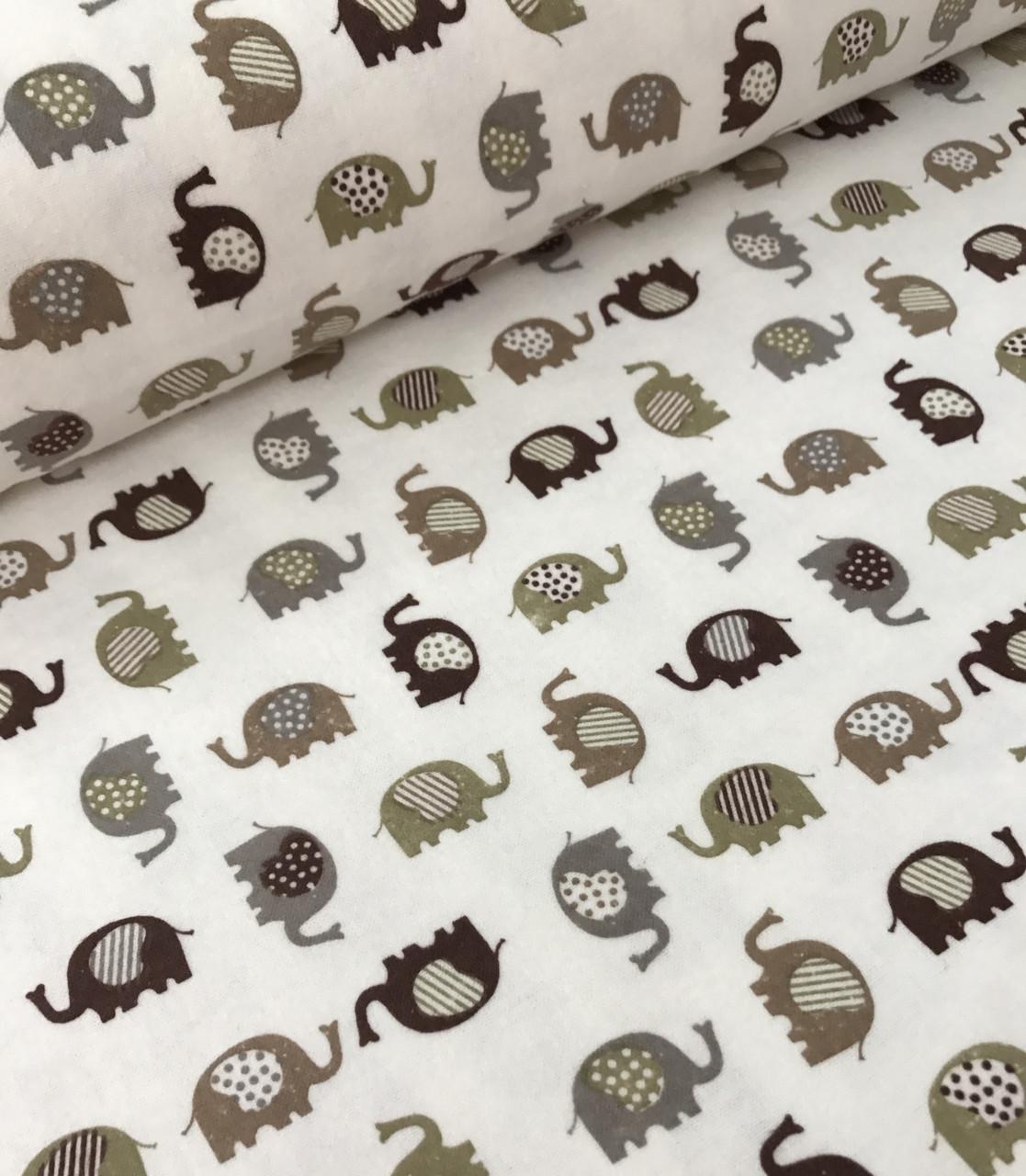 Фланель детская слоники бежево-коричневые на белом №471