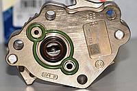 Топливоподкачивающий насос ТНВД  на Renault Trafic  2006->  2.0dCi  —  Bosch (Германия) - 0 440 020 032