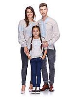 Комплект вышиванок для семьи из небеленого льна (голубая вышивка)