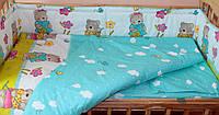 Комплект постельного белья в детскую кроватку Мишка садовник бирюзовый из 3-х элементов