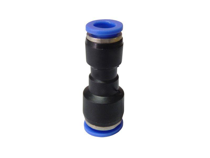 Фитинг-переходник для пластиковых трубок 10 x 8мм