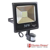 Прожектор светодиодный 30W 3000lm с датчиком движения ElectroHouse холодный белый
