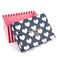 Подарочная коробочка синяя в белое сердечко 15.5 x 11 x 8 см