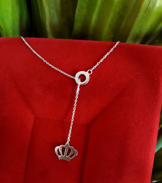 Серебряный кулон с цепочкой Корона Серебряное колье картинка
