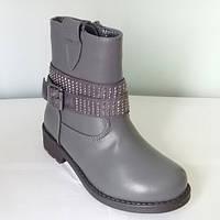 Ботинки демисезонные для девочки Yalike