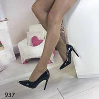 Туфли лаковые лодочки черные 937