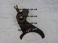 Вилка реверса КПП Т-25, Д-21 широкий паз Т30.37.185Б, фото 1
