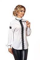 Блуза с черным кружевом белая