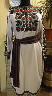 """Плаття - вишиванка """"Квіти з бісеру"""" на білому домотканому полотні (льоні) розмір XL"""