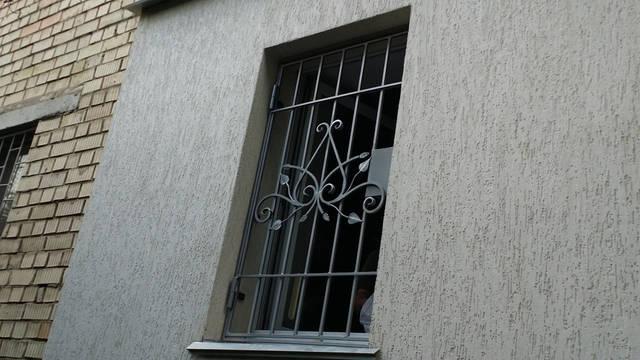 Кованые решетки на окна в Киеве -1