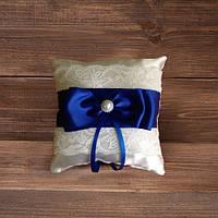 Свадебная подушечка для колец с кружевом и розовой лентой (арт CR-206)