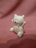Мишка маленький фарфоровый статуэтка сувенир 5 см высота
