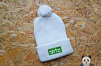 Шапка Streetz белая, зимняя шапка с нашивкой