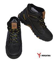Мужские зимние кожаные ботинки, Columbia, черные, сбоку выдавка в виде зигзага