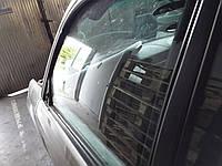 Стекло передней двери Subaru Forester S11 2006, 61011SA010