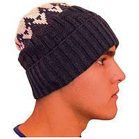 Мужская шапка с орнаментом