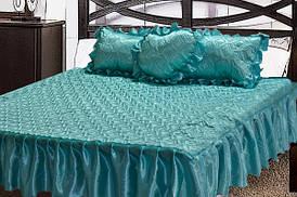 Комплект атласный 205 (покрывало с рюшами + подушки)