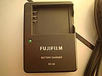 Зарядное устройство FUJIFILM BC-85 для NP-85.
