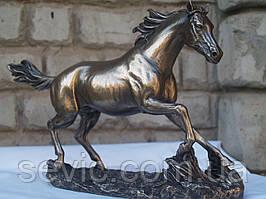 Статуэтка Veronese Конь Жеребец 20х33 см