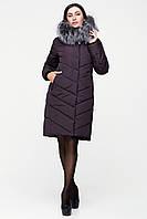 Зимнее женское пальто оттенка шоклад с натуральной опушкой