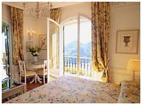 Интерьер спальни: окна