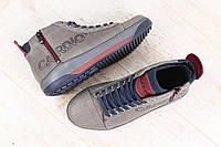 Мужские термоботинки, кожаные, серые, на шнурках, внутри - GORE-TEX, со специальными мембранами, которые пропу