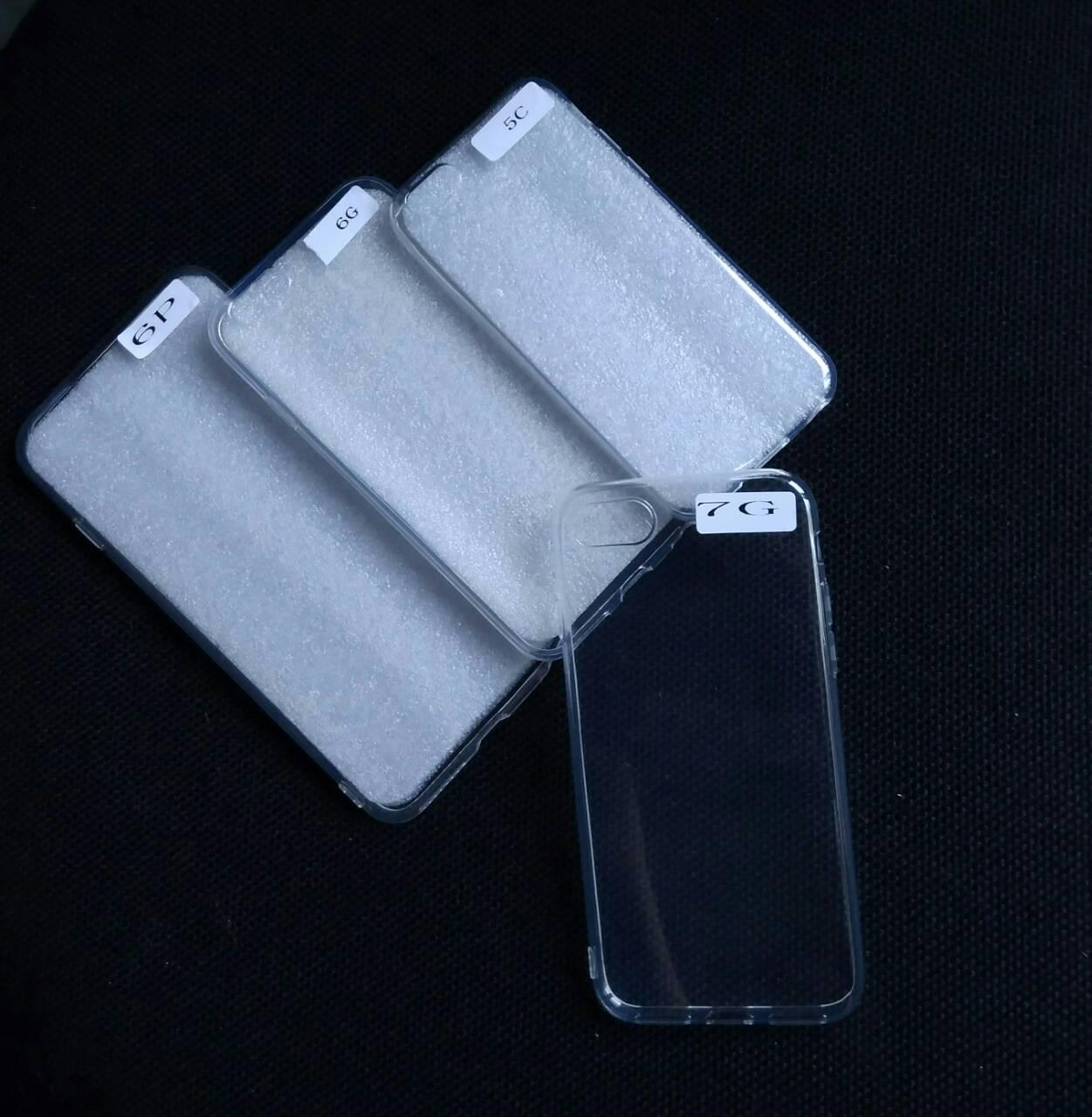 Силиконовый прозрачный чехол на iPhone 7 , оптом