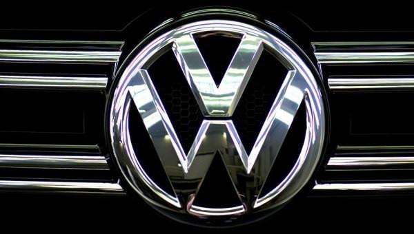 Кузовные автозапчасти и оптика для Volkswagen