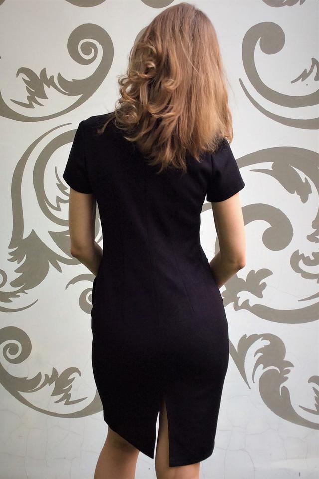 Женское черное платье с карманами П27