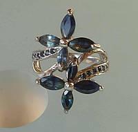 Кольцо с натуральным синим и голубым сапфиром Цветы Размер 17.5