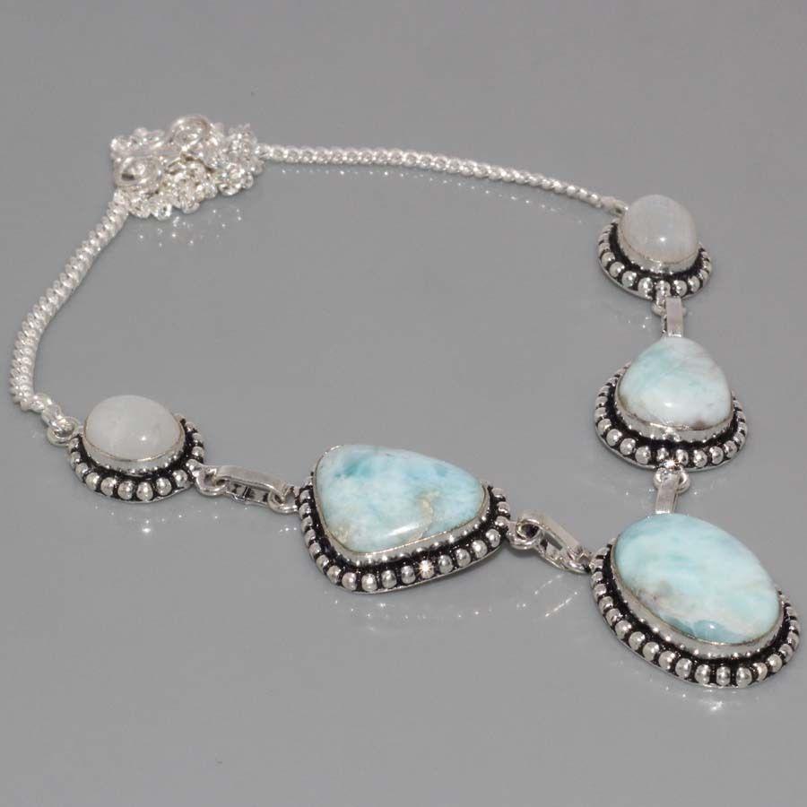 Ожерелье с ларимаром и лунным камнем в серебре.