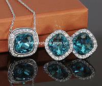 Комплект в изысканном дизайне: Кулон+цепочка, серьги с кристаллами Swarovski (601841)