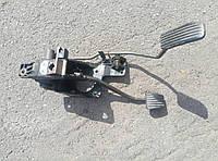 Педаль тормоза/газа Chevrolet Lacetti
