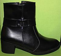 Кожаные ботинки на среднем каблуке, демисезонная женская обувь от производителя модель В1689