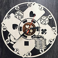 Настенные часы из дерева Покер