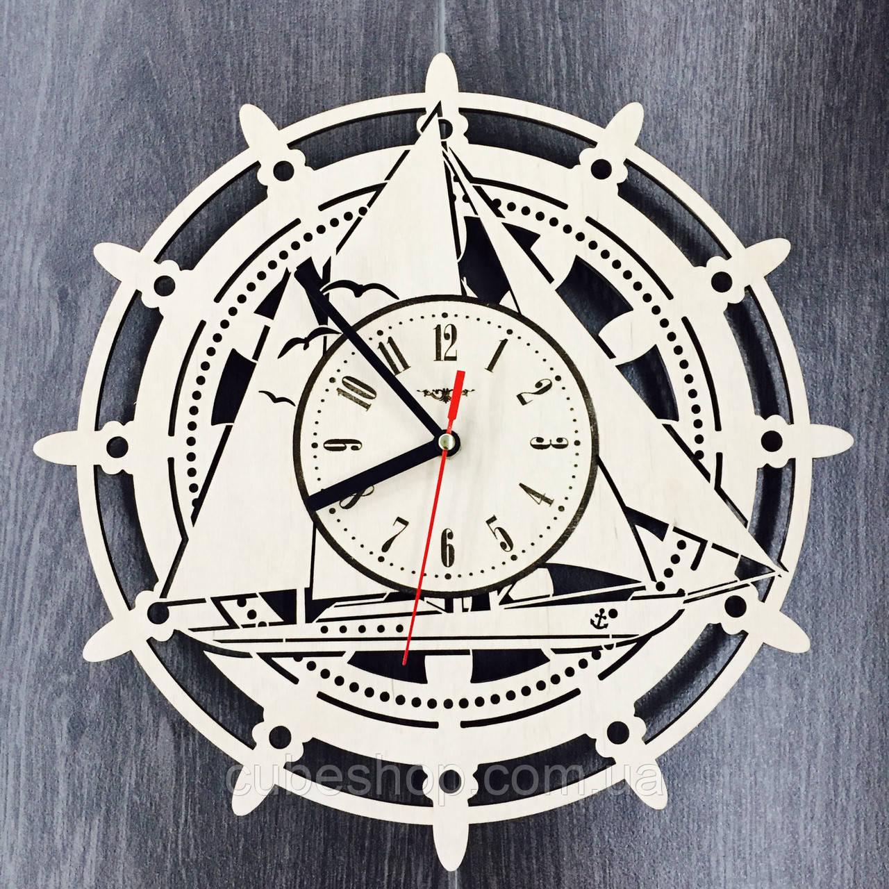 Деревянные настенные часы Штурвал
