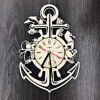 Деревянные настенные часы Якорь
