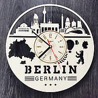 Часы настенные из дерева Берлин