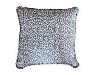 Подушка декоративная Allure Blaze вензель квадратная