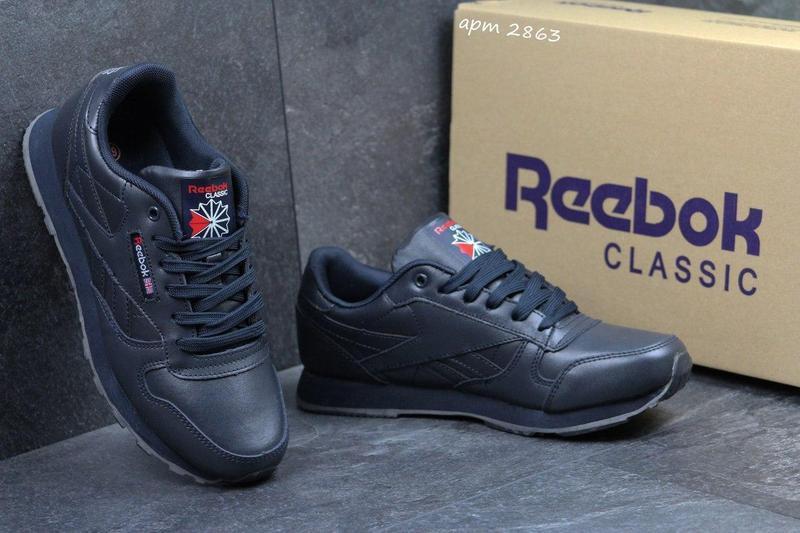Жіночі шкіряні кросівки Reebok Classic -темно-сині 5afe7d4aeb975