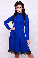 Женское платье из французского трикотажа с отделкой из кружева